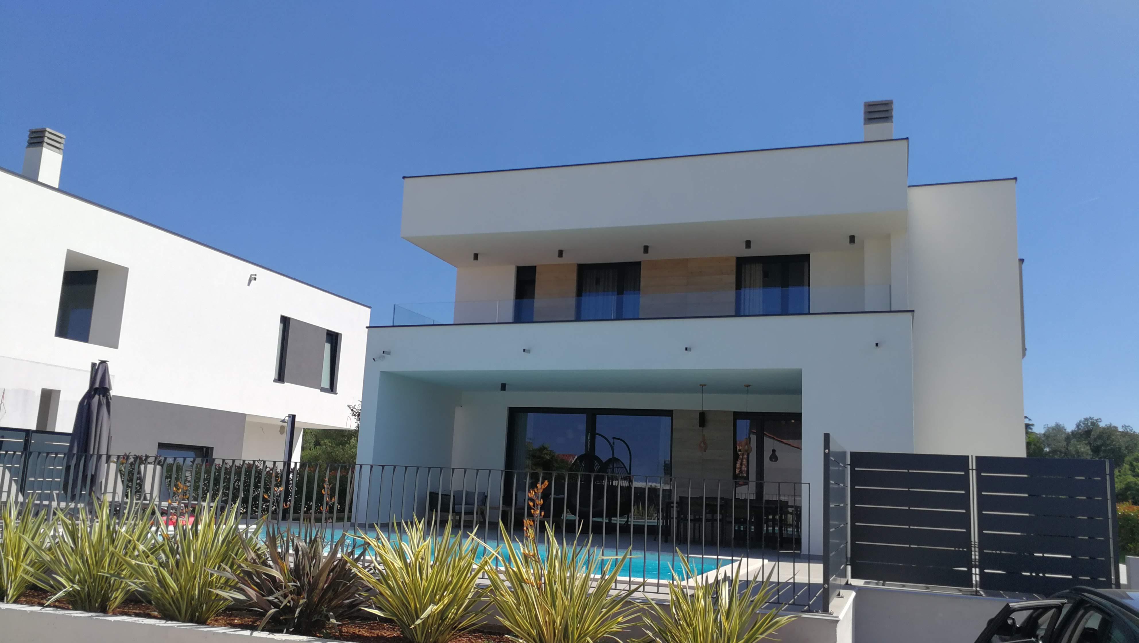 Unsere moderne Villa für die 7 Tage