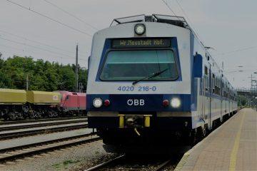 4020 216 als S60 im Bahnhof Ebenfurth