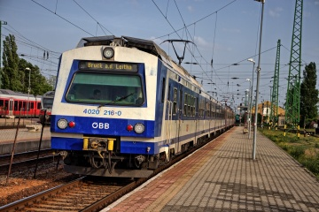 ÖBB 4020 im Grenzbahnhof Hegyeshalom